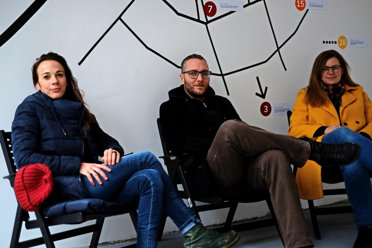 Del ekipe Avtomatik delovišča: (z leve) Tina Cotič, Toni Bračanov (motor spletnega radia NOR) in Mateja Filipič Foto: Biljana Pavlović